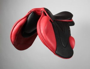 Paul's awesome red XC saddle designed by WOW Saddles